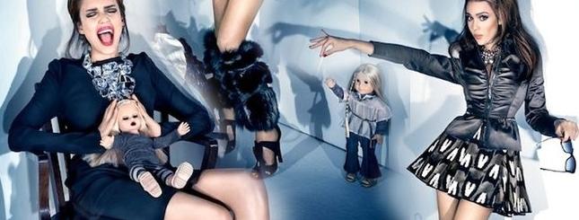 Jessica Alba z przyjaciółką lalką (FOTO)