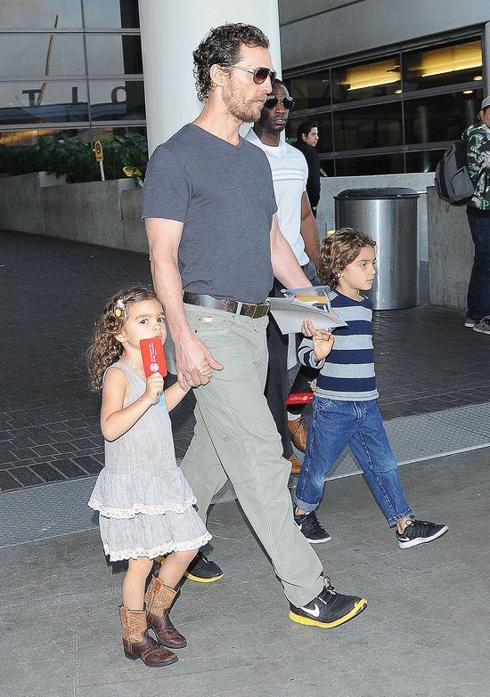 Camila Alves i Matthew McConaughey w rodzinnym wydaniu FOTO