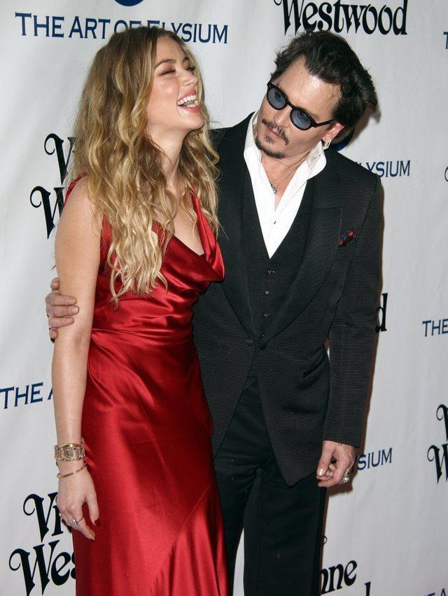 Amber Heard chce od Johnny'ego Deppa PIENIĘDZY
