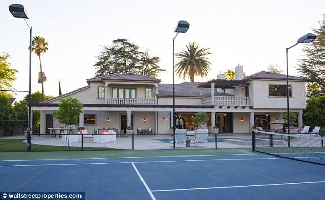 Amber Rose kupiła ogromną willę! (FOTO)