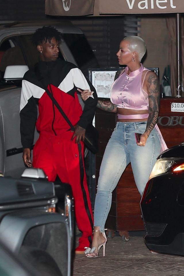 Kim Kardashian zawsze miała kompleksy na JEJ punkcie (ZDJĘCIA)