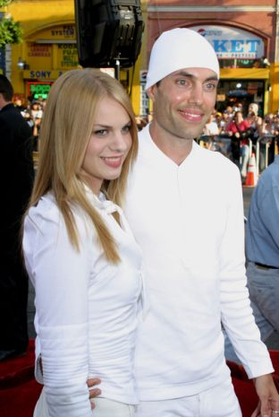 Brad Pitt nie przepada za bratem Angie