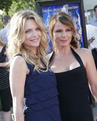 Michelle Pfeiffer w granacie