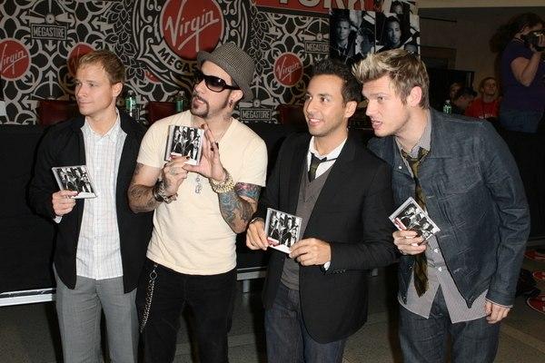 Backstreet Boys podpisują najnowszą płytę (FOTO)