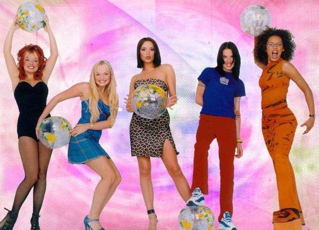 Victoria o strojach i układach Spice Girls