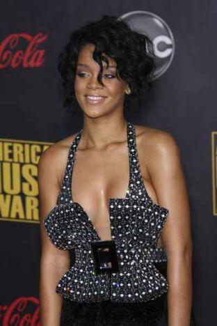 Rihanna w takim czymś? (FOTO)