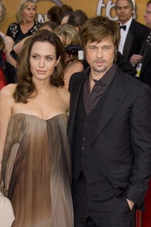 Jolie spokrewniona z Clinton