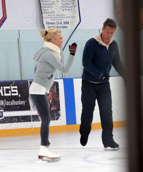 Pamela Anderson zatańczy na lodzie (FOTO)