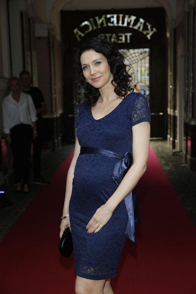 Andżelika Piechowiak w ciąży w... butach brytyjskiej królowej (ZDJĘCIA)