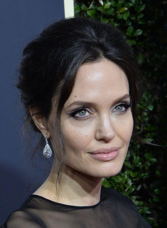 Angelina Jolie związała się z raperem PraCh Ly?