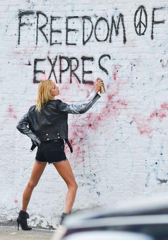 Anja Rubik przy�apana ze sprayem w r�ce! (FOTO)