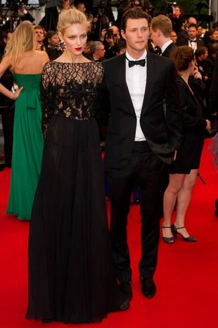 Anja Rubik pokazała majtki w Cannes (FOTO)