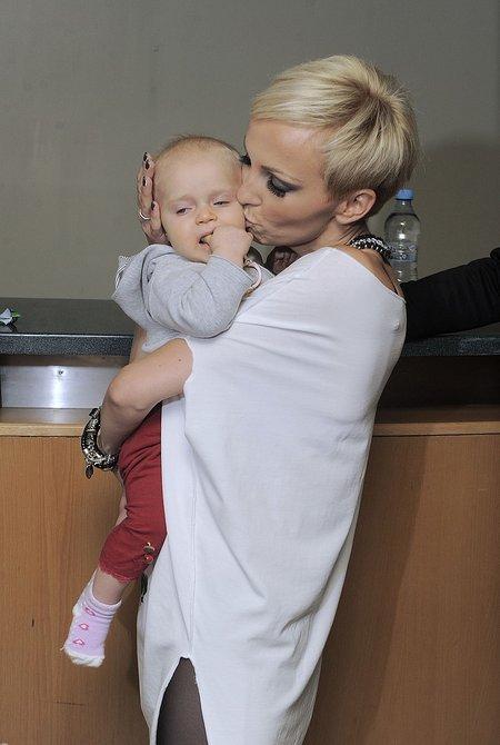 Wyszkoni z córeczką w Sopocie (FOTO)