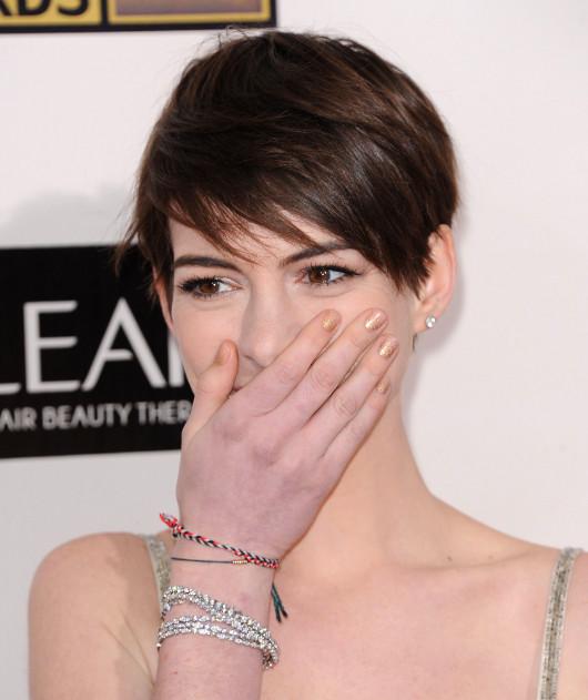Anne Hathaway upomnia�a krytyk�w filmowych...