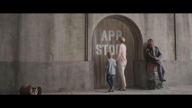 APOKALIPSA! Tak wyglądałby TWÓJ świat bez aplikacji? Reklama Apple'a ROBI FURORĘ