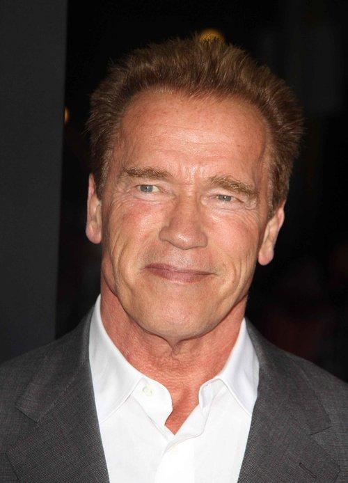 Arnold Schwarzenegger do �ony: Sta� mnie na 20-latk�!