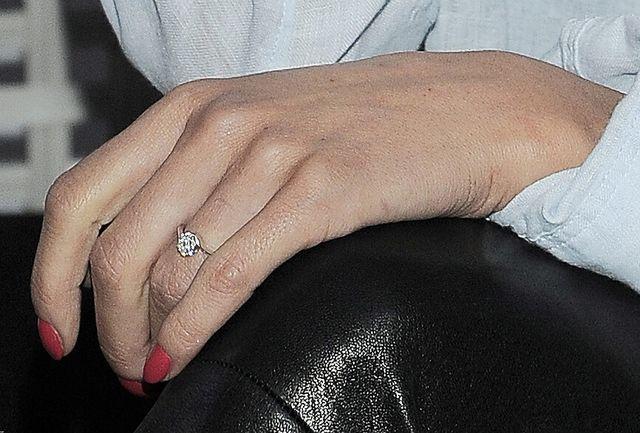 Natalia Lesz pokazała pierścionek zaręczynowy (FOTO)