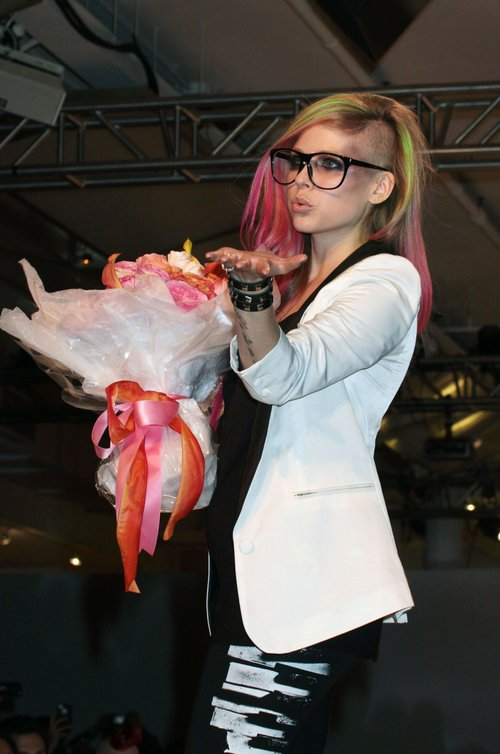 Avril Lavigne wkroczyła do wielkiego świata mody (FOTO)