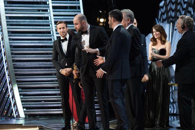 Szokująca wpadka na Oskarach 2017 obiła się szerokim echem w mediach na całym świecie. Za tę pomyłkę od razu oskarżono hostów ceremonii: Warrena Beatty'ego oraz Faye Dunaway. Tymczasem prawda jest zgoła inna.