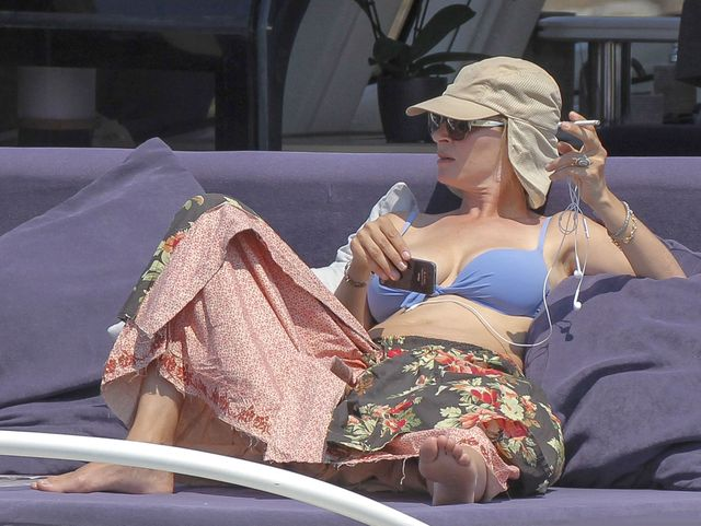 Uma Thurman w bikini na wakacjach