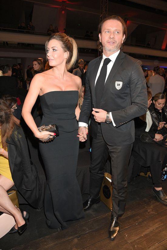Małgorzata Rozenek w czarnej sukni bez ramion
