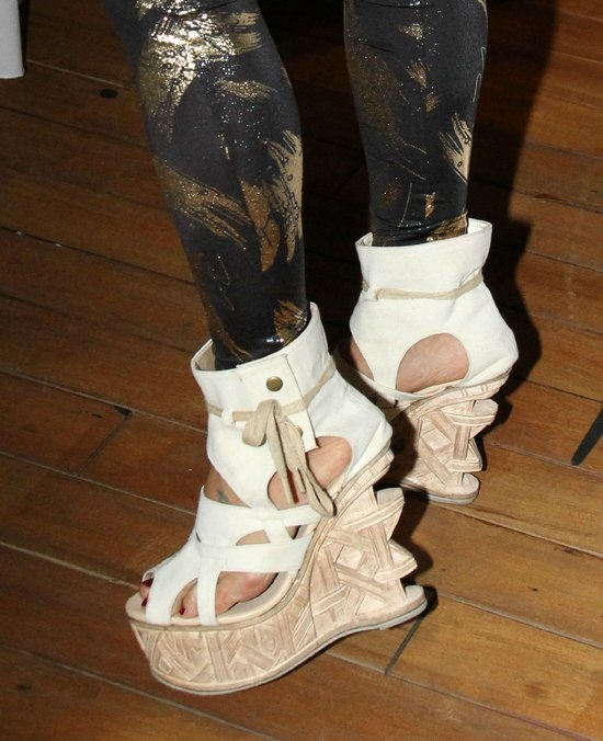 Właścicielka tych butów lubi ekstrawagancję (FOTO)