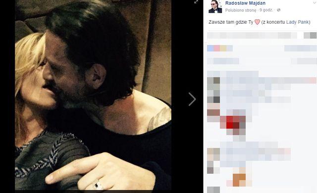 OMG! Czy to zdjęcie powinno trafić do sieci? Co robi Majdan?