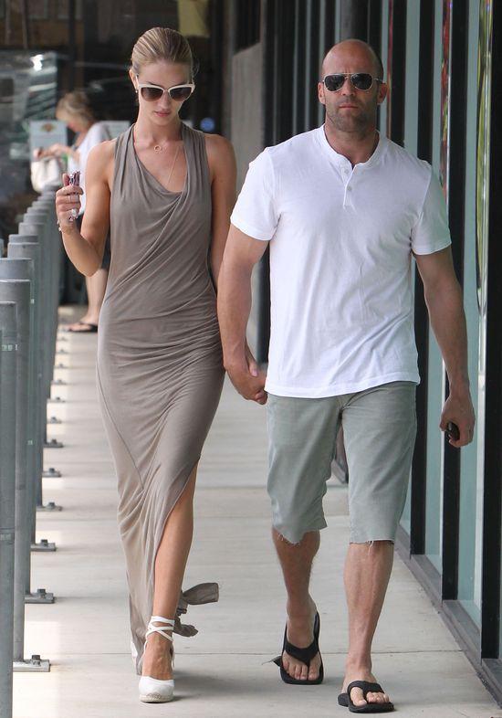 Rosie Huntington-Whiteley i Jason Statham idą na śniadanko