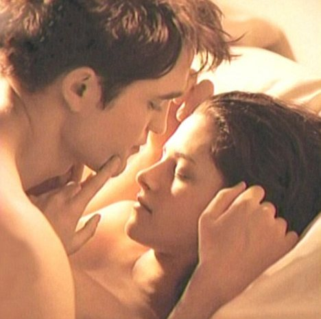 Chcieli�my, by Edward i Bella kochali si� jak zwierz�ta