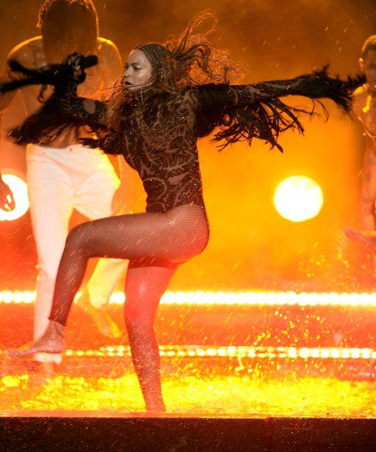 Podczas koncertu ucho Beyonce zalało się kriwą