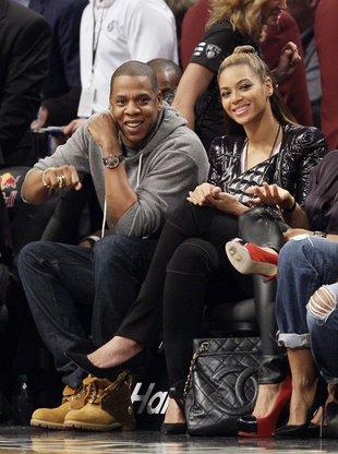 Beyonce z mężem na meczu (FOTO)