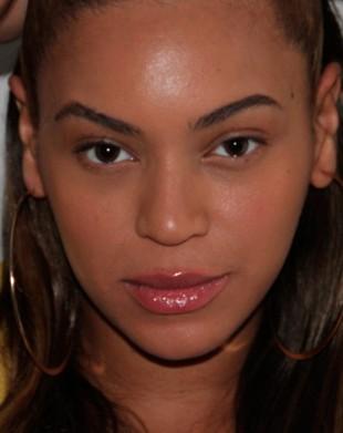 Blue Ivy, córeczka Beyonce, już nosi złote baleriny