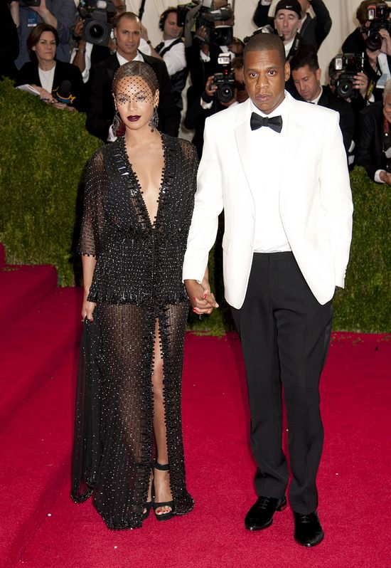 Beyonce już zbiera pochwały za kreację z gali MET! (FOTO)