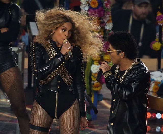 Beyonce i Jay Z nie ogarn�li Snapchata (FOTO)