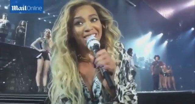 Beyonce przerwała koncert przez fankę! (VIDEO)