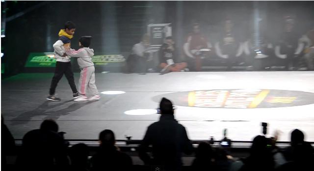 BGirl Terra tańczącą sensacją internetu (VIDEO)