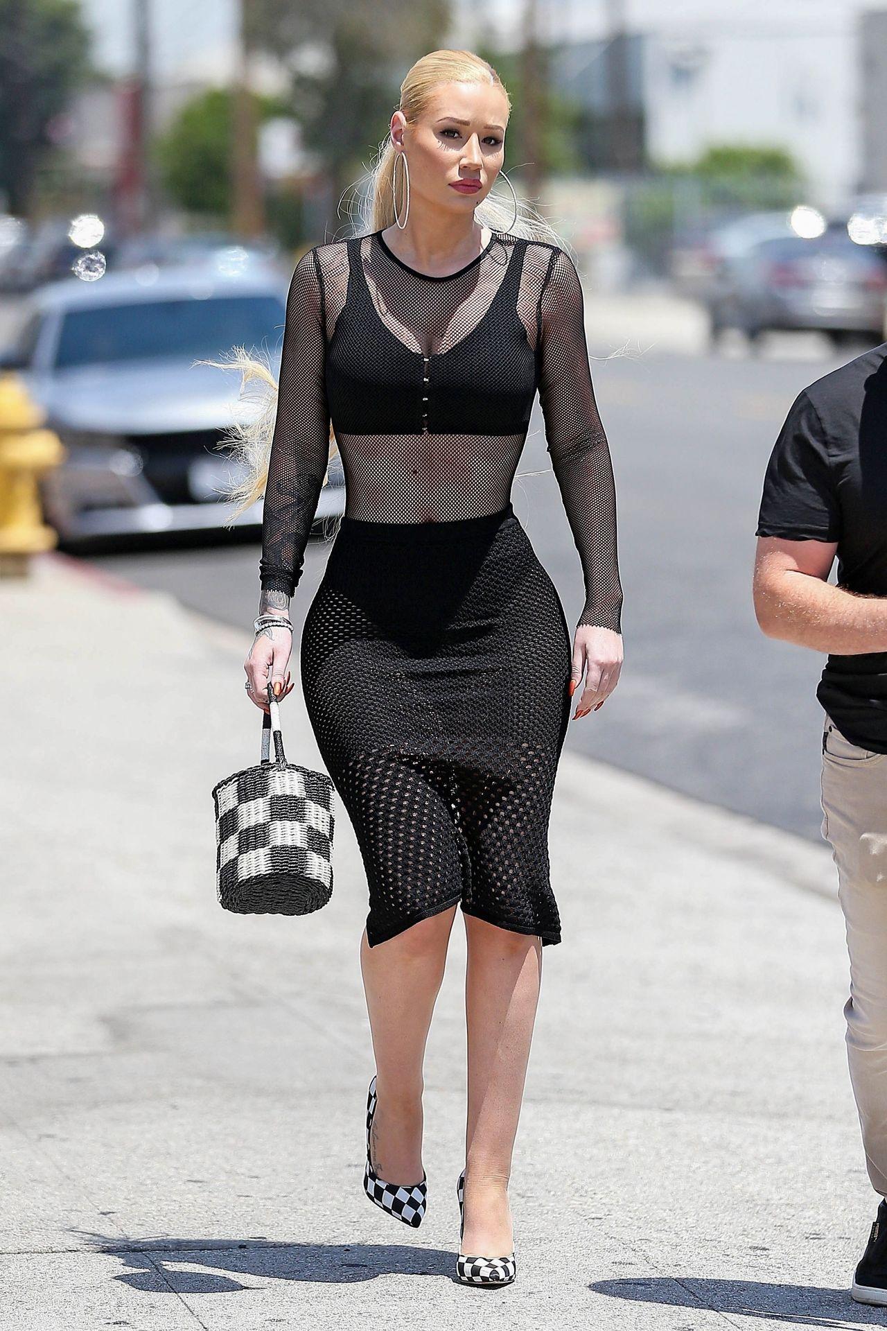 Kim Kardashian ma konkurencję (ZDJĘCIA)
