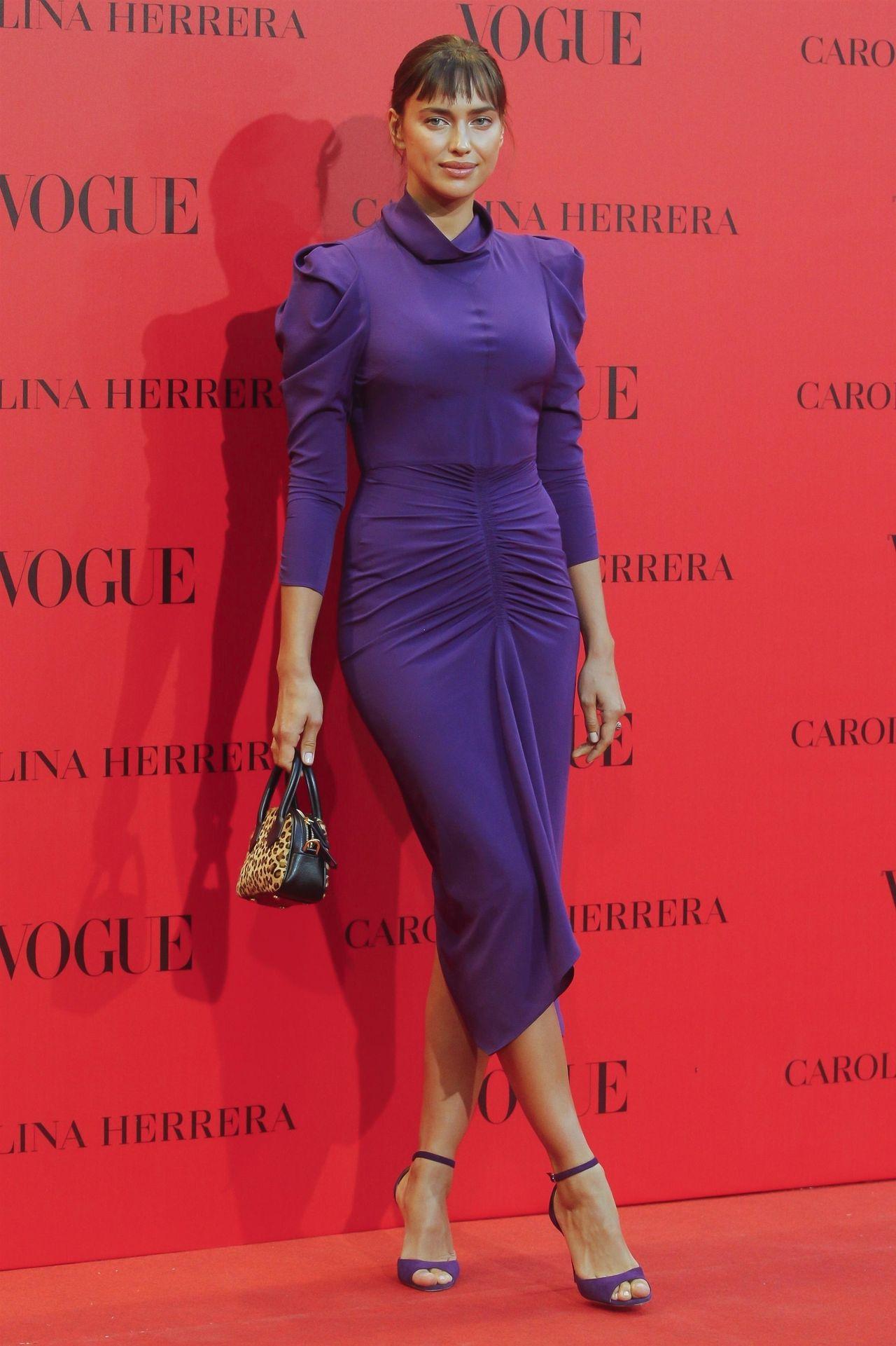 Irina Shayk z grzywką wygląda... GŁUPIO? (ZDJĘCIA)