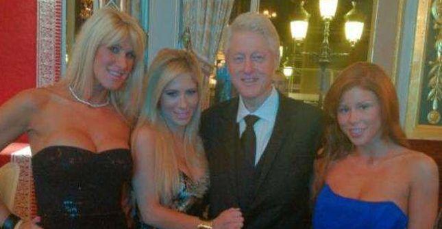 Bill Clinton pozuje z gwiazdami porno!