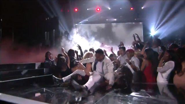 Gro�ny wypadek na Billboard Music Awards (WIDEO)