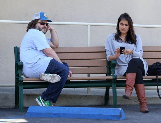 Jack Black spotka� si� z tajemnicz� brunetk� (FOTO)