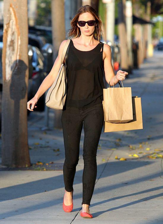 Emily Blunt: Nie lubię sukienek
