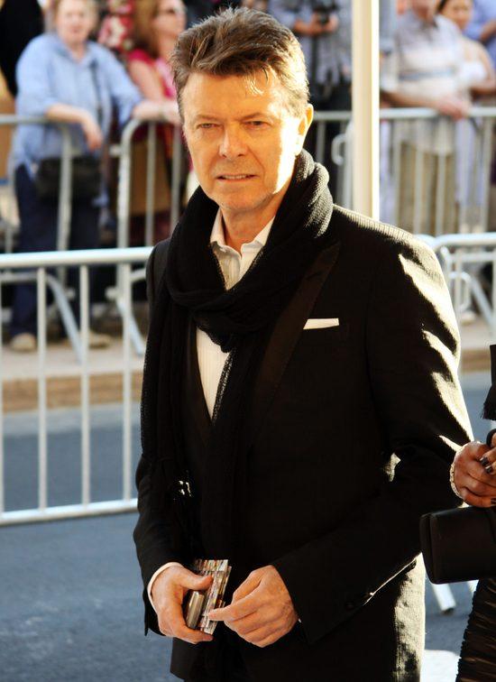 By�a �ona Davida Bowie: