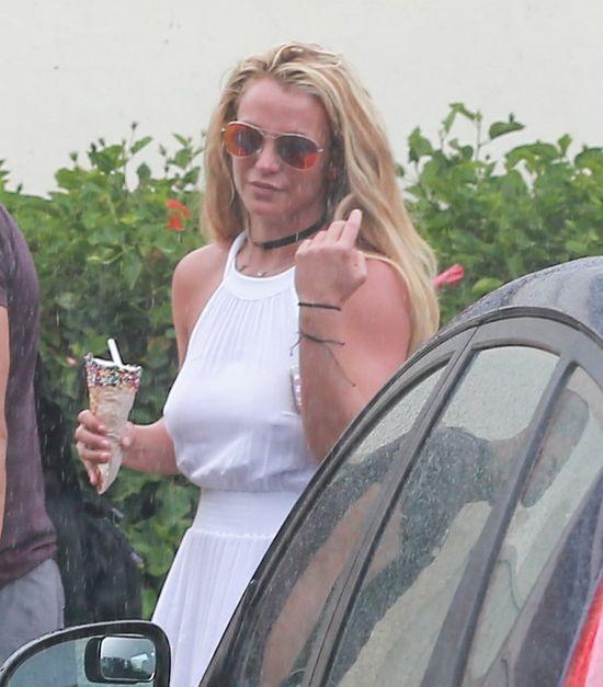 Ale ciacho! Zakochasz si� w ochroniarzu Britney Spears