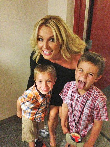 Dumna mama Britney Spears pochwaliła się swoimi pociechami