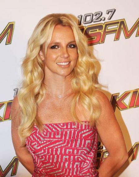 Madonna romansuje z Britney Spears