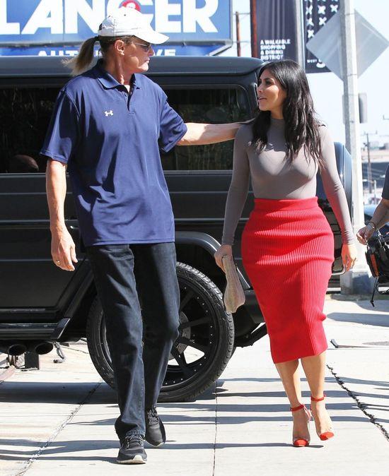 Bruce Jenner zarobi teraz fortunę?