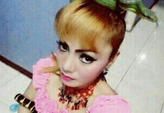 Tragiczna śmierć znanej piosenkarki! Na scenie ukąsiła ją... kobra