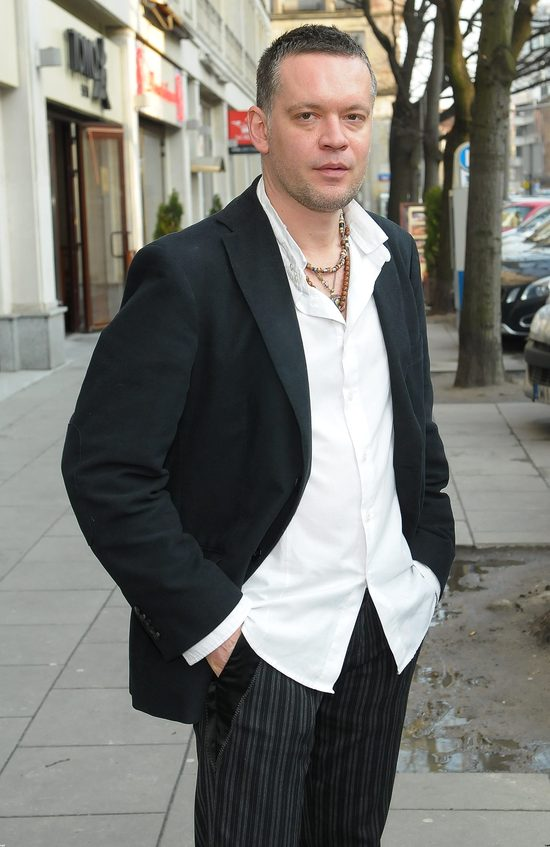 Krzysztof Antkowiak debiutowa� na scenie maj�c 5 lat. W 1986 roku dosta� nagrod� na Festiwalu Piosenki Dzieci�cej w Koninie.