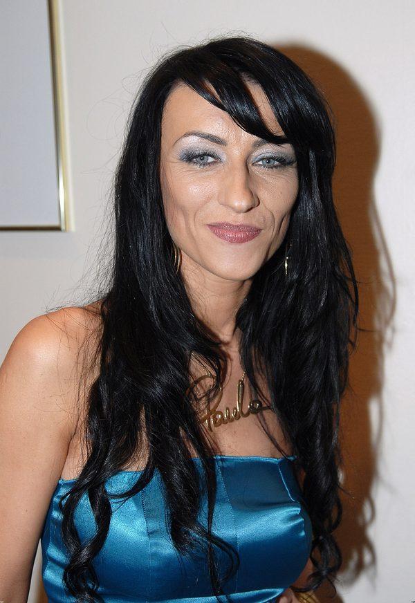 Paulla Ignasiak w 2006 roku - nosiła wtedy długie czarne włosy i mocny makijaż.